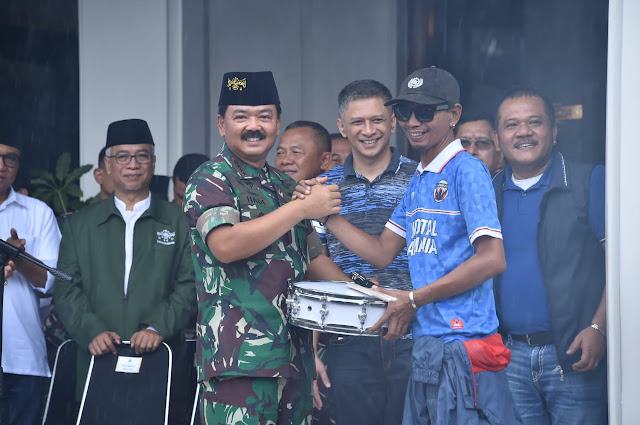 Kunjungi Kota Malang, Panglima TNI Doakan Arema Berprestasi Sampai ke Laga Internasional