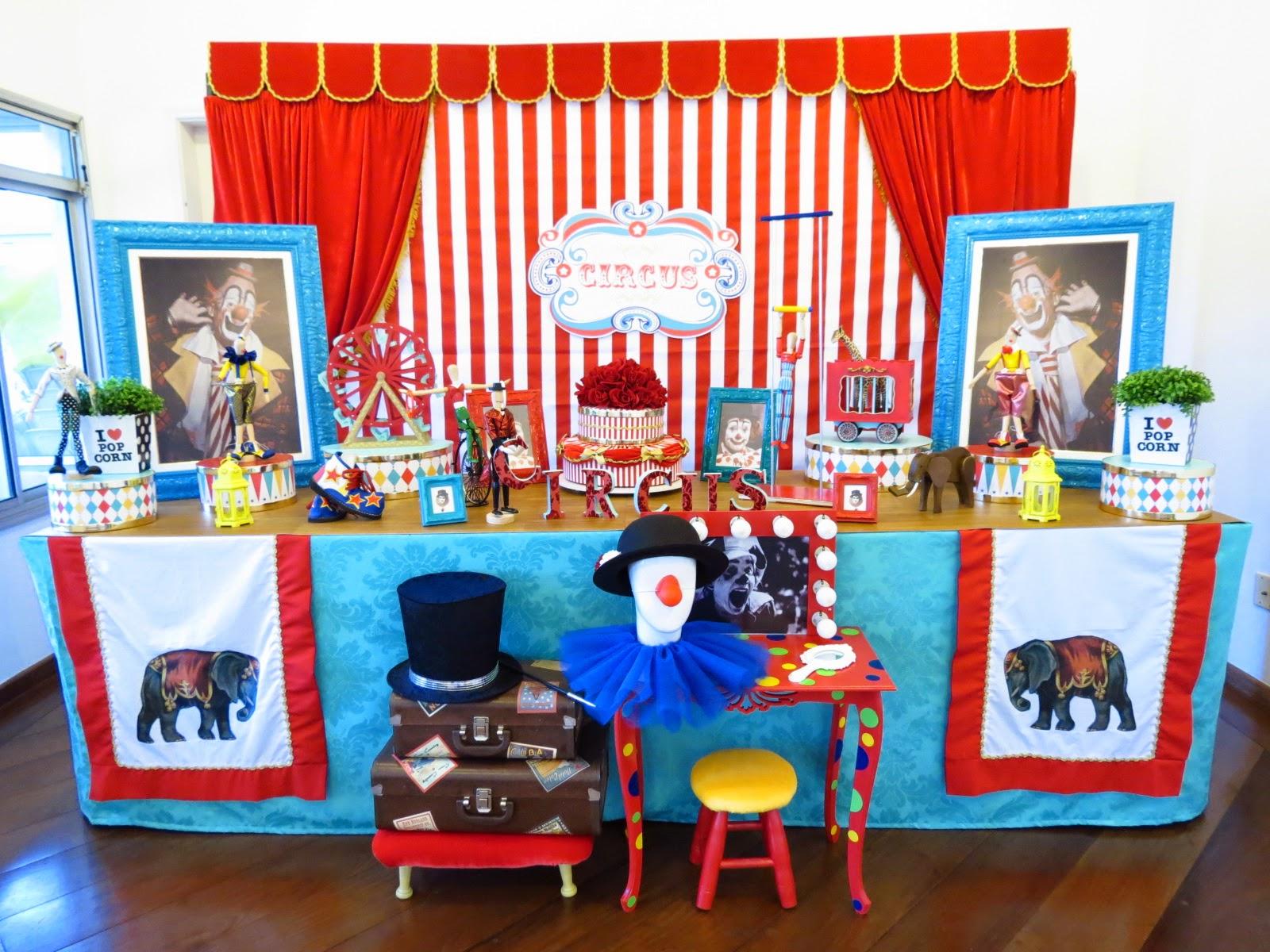 http://farolitadecoracoes.blogspot.com.br/search/label/circo