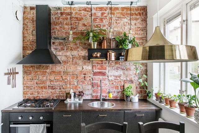 Tường gạch phòng bếp
