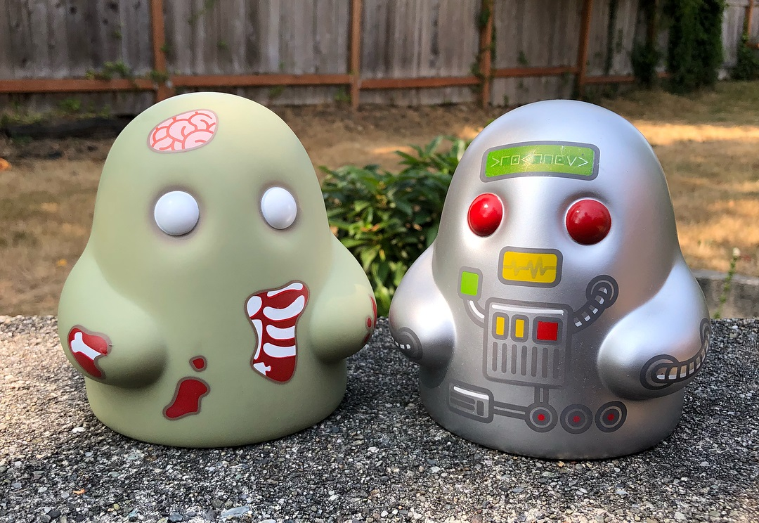 2384d0a9 Tiny Ghost Zombie & Robot Edition Vinyl Figures by Reis O'Brien x Bimtoy x  Bottleneck Gallery