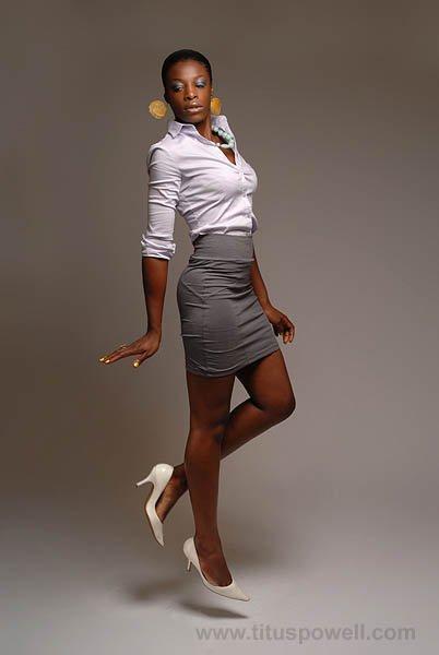 style vestimentaire femme classe. Black Bedroom Furniture Sets. Home Design Ideas
