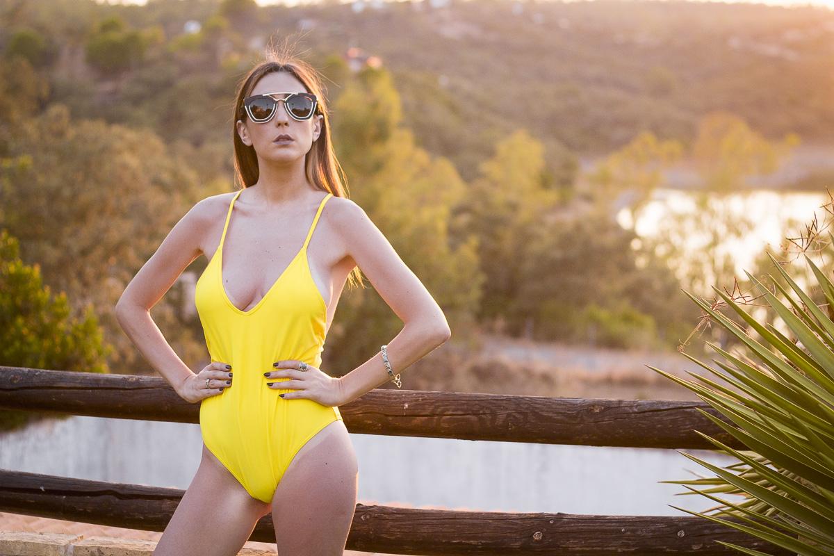 chica sexy en bañador