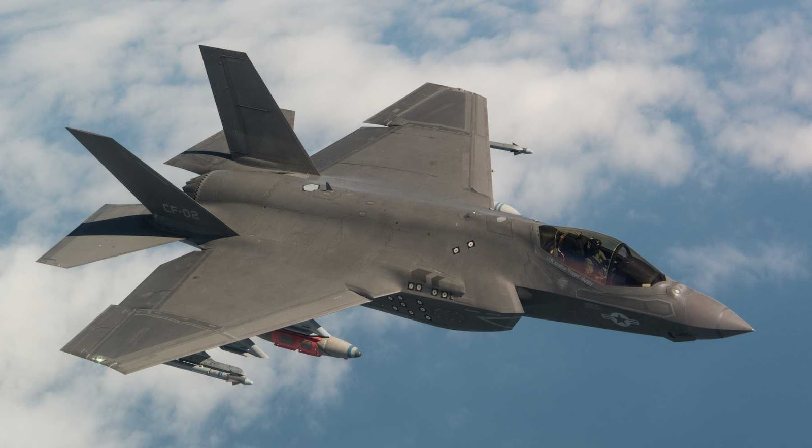 Erdogan mengancam Amerika Serikat dengan konsekuensi jika menangguhkan pengiriman F-35