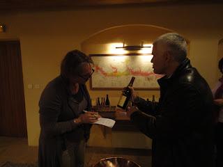 Louis Jadot uitleg in wijnkelder Marc Dupin
