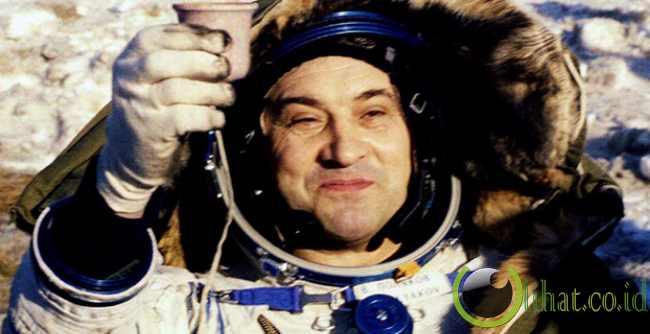 Valeri Polyakov
