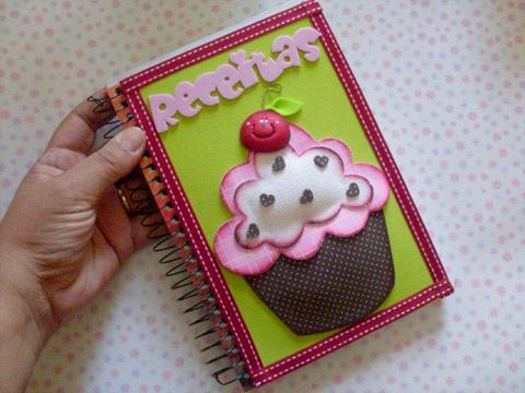 é muito importante que a empregada domestica tenha o seu caderno de receitas