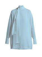 Голубая летящая блузка с бантом