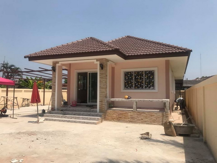 Look at these 5 small house designs that can inspire you to design your very own home. These designs of a house consisting of 1-3 bedrooms, 1-2 bathrooms, living room and a kitchen. These houses have a total area of 100 square meters below which is suitable for small family.