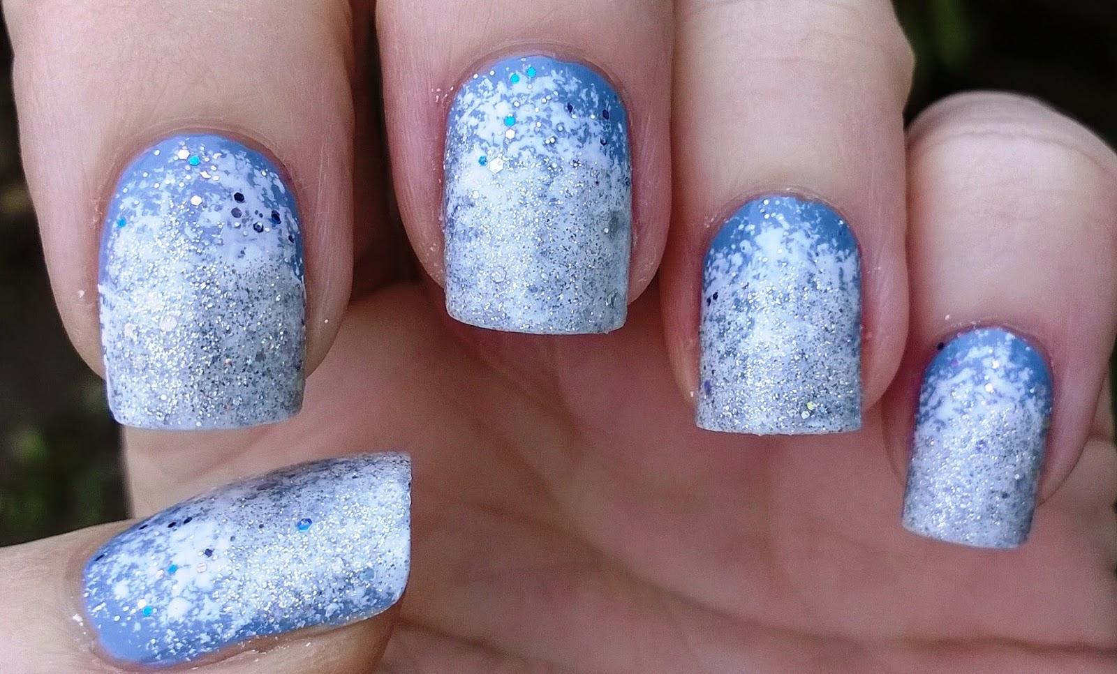 Life World Women: Frozen Elsa inspired sparkly nail art