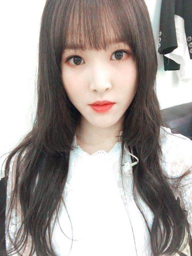 hime_cut_hair_styles_yuju_girl_friend
