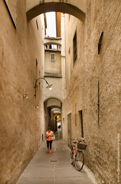 BOlzano ciudad turistica Dolomitas Italia