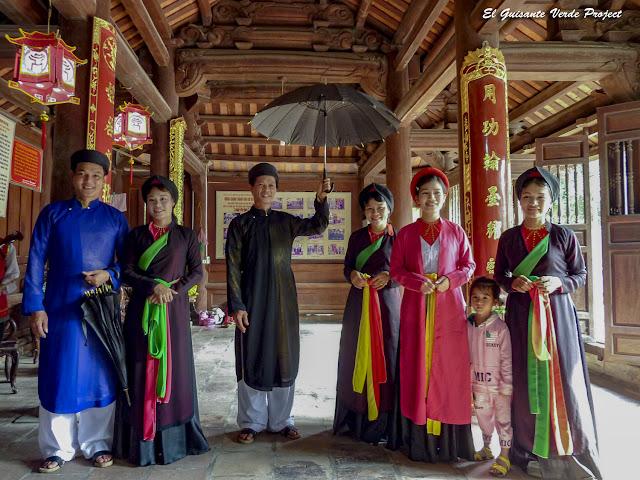 Grupo de Cantantes de Quan Ho - Vietnam por El Guisante Verde Project