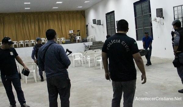 Hombre muere en iglesia después de acepta a Cristo
