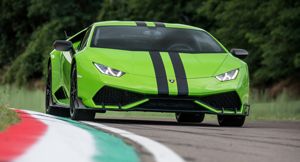 lamborghini announces three upgrade packages for the huracan. Black Bedroom Furniture Sets. Home Design Ideas