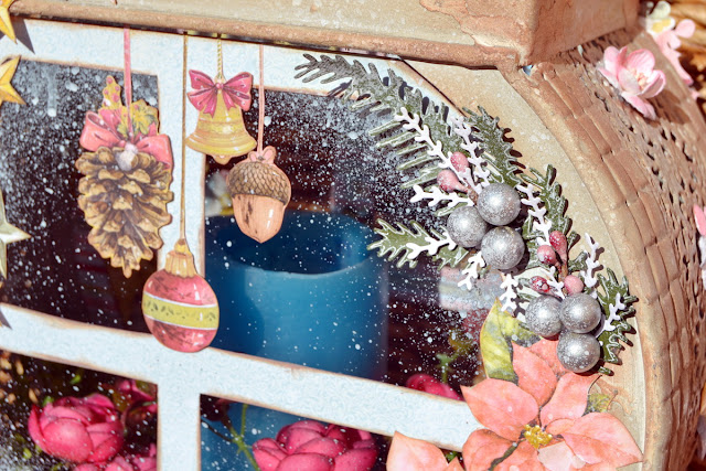 Carousel Christmas_Christmas Decoration_Denise_25 Nov_08