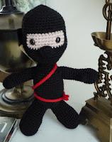 http://patronesamigurumis.blogspot.com.es/2013/02/patron-ninja.html