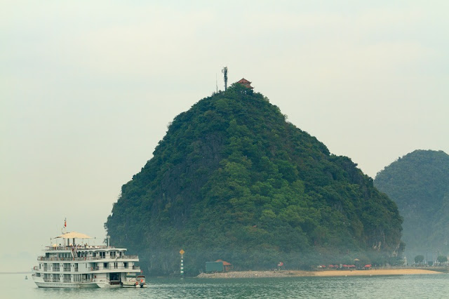 Travel tips for a plan to visit Halong Bay perfect