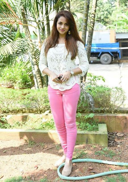 Malayalam actress Bhavana hot Pics