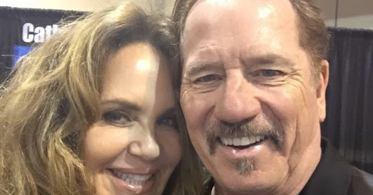 Catherine Bach and Tom Wopat at the Pittsburgh World of Wheels Car Show
