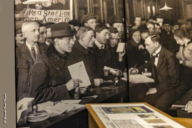 Museo Red Star Line, imagen control administrativo - Amberes por El Guisante Verde Project
