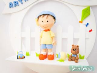 Quadrinho Quadro Biscuit Menino Menininho Quarto de Bebê Decoração Porta de Maternidade