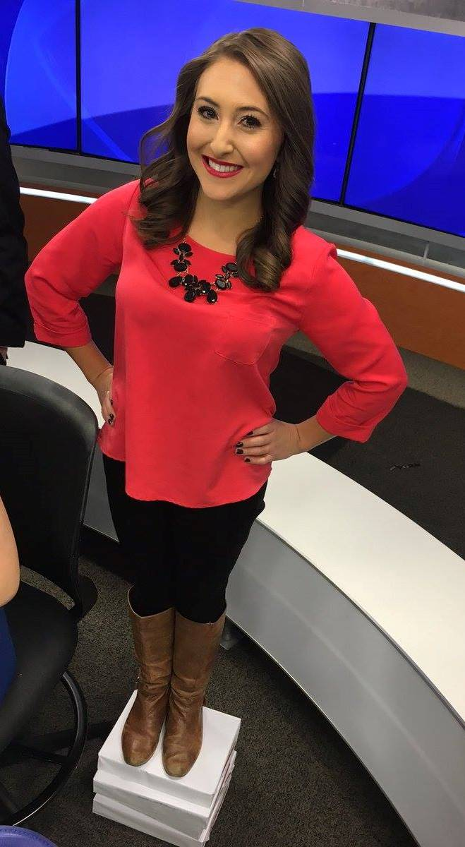 THE APPRECIATION OF BOOTED NEWS WOMEN BLOG : KKTV'S GINA ...