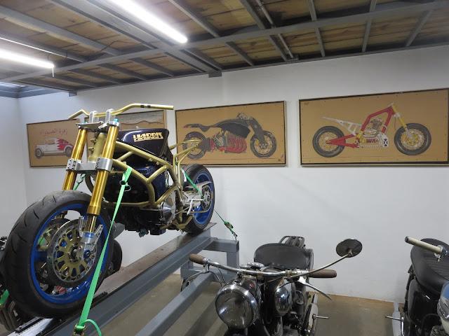 Harris Magnum 4 Suzuki Bienville Studios OddBike