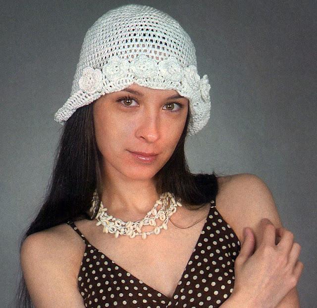 Белая ажурная шляпка.  White openwork hat