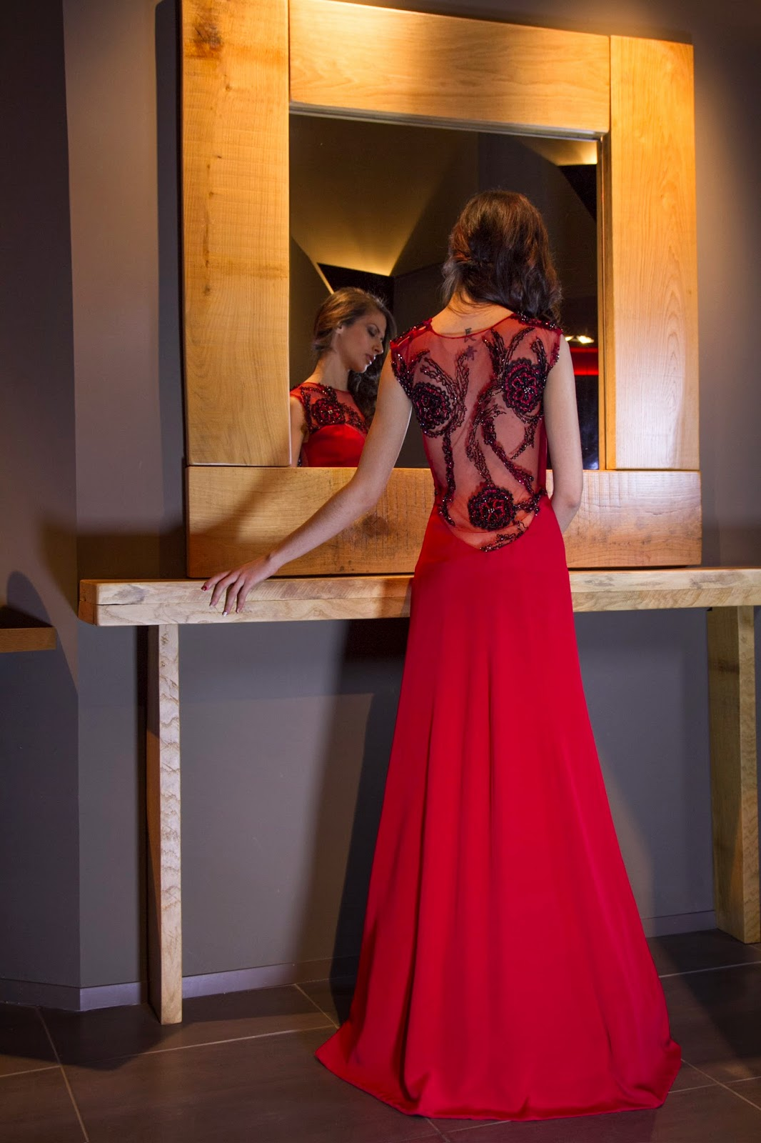 fcb2068c70ae Βραδυνά φορέματα από το atelier Alkmini. alkmini atelier. Μοναδικά Νυφικά    Φορέματα. Χρυσοστόμου Σμύρνης 6 Θεσσαλονίκη