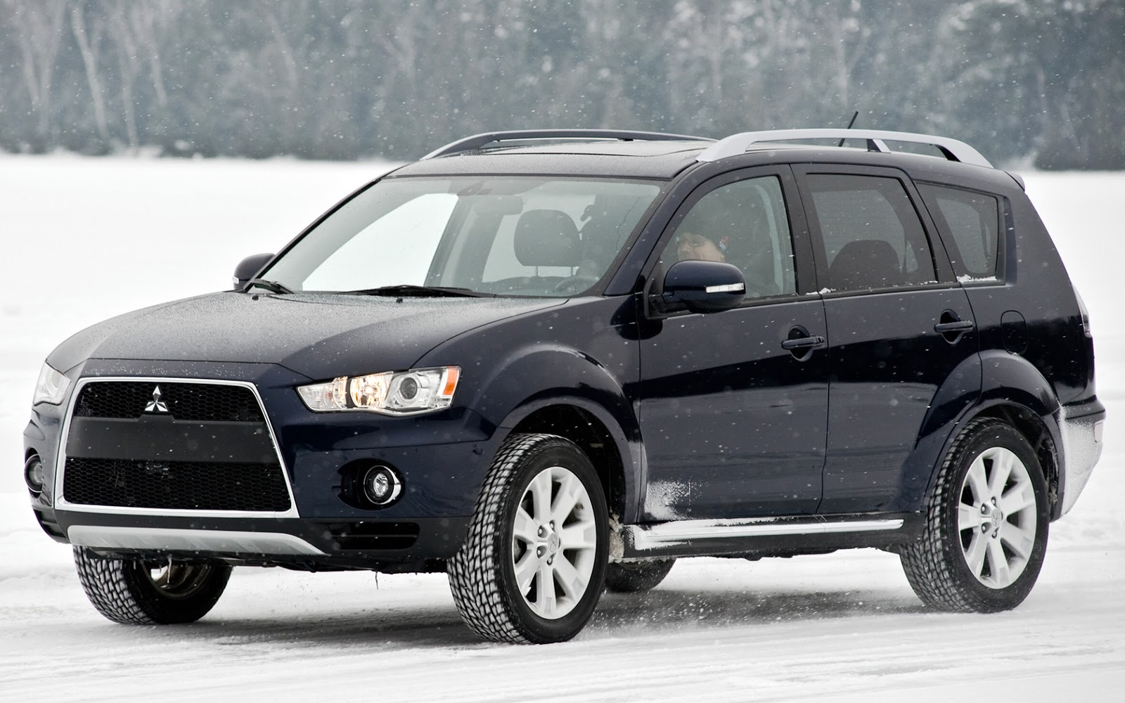 Mitsubishi SUV Jeep HD Wallpapers ~ Cars Wallpapers HD
