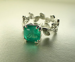 emerald vine band engagement ring