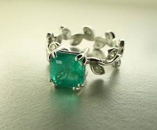 emerald vine band engagement ring