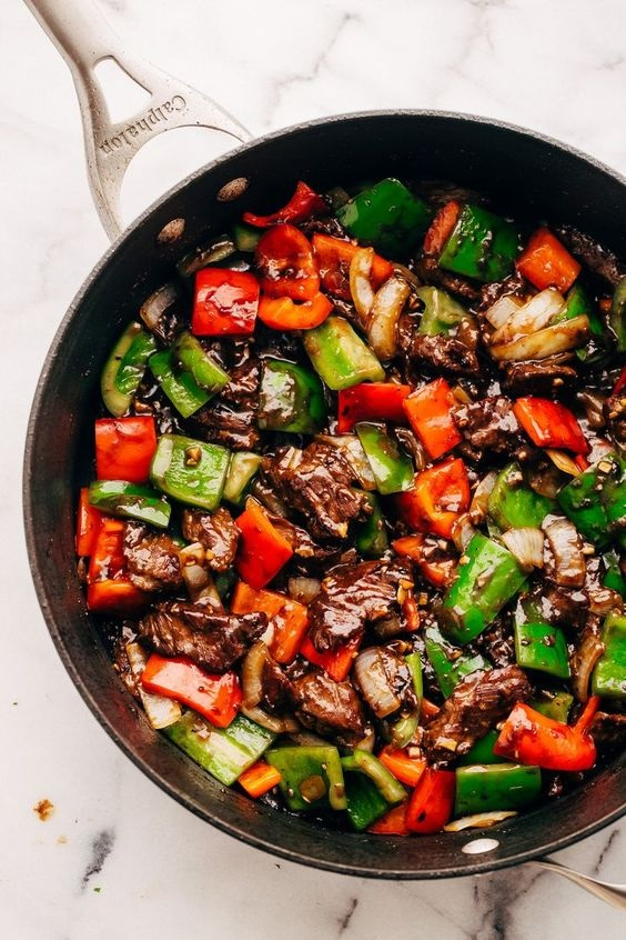 Garlic Lovers Pepper Steak Stir Fry (And Meal Prep!)