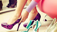 Tips Memakai Sepatu Hak Tinggi