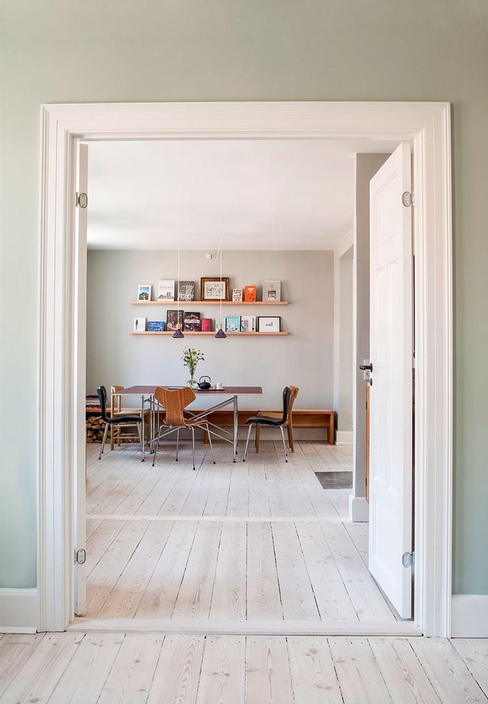 Minimal + vintage home