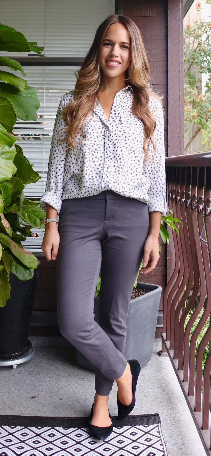 Jules in Flats - September Work Outfit - Printed Pocket Blouse + Ankle Pants + Flats