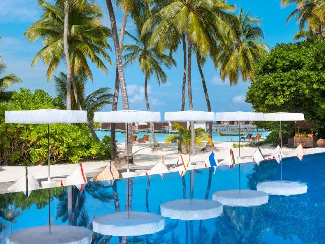 W Maldives, WET Outdoor Infinity Pool