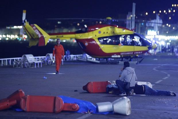 Dunia Kecam Teror Truk Pembunuh Massal di Nice, Paris Tewaskan 80 Orang