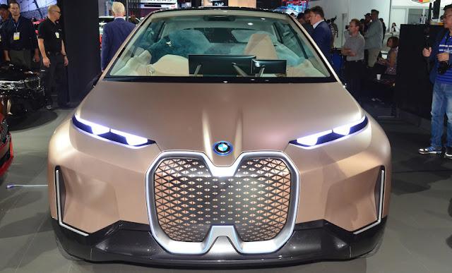 Четыре грани концепта BMW Vision