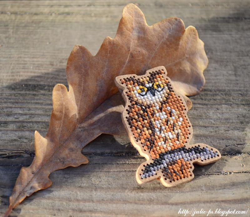 Дивная вишня, сова, брошь, вышивка крестом, вышивка по дереву