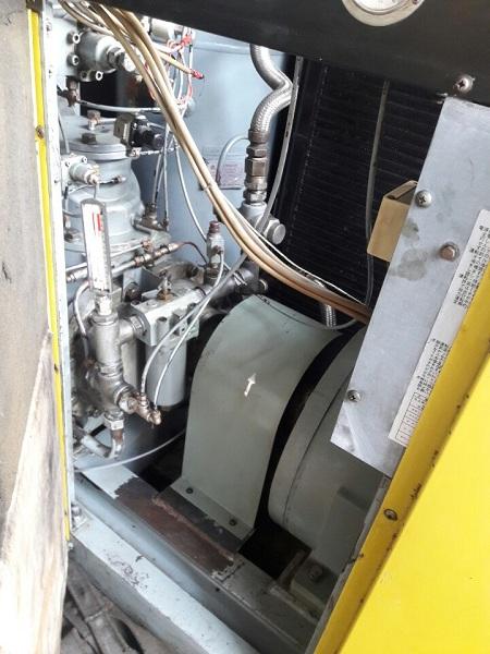 bán máy nén khí trục vít cũ nhập khẩu Nhật bản