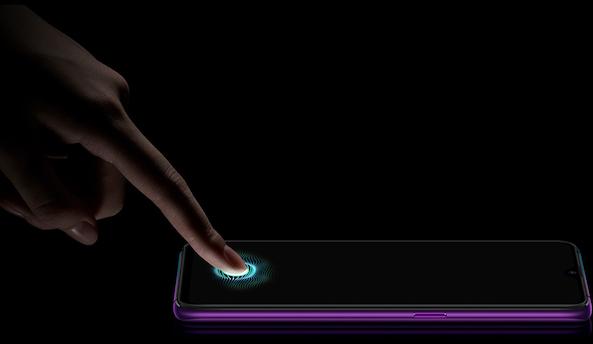 Cantik! Spesifikasi Oppo R17 Pro Smartphone dengan 3 Kamera
