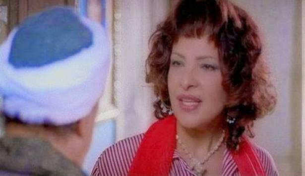 هل تذكرون الفنانة الراحلة حنان الطويل؟ هكذا كانت تبدو قبل التحول الجنسي