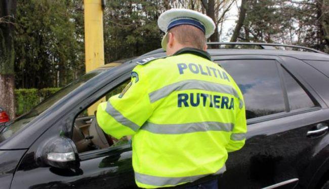 Un tanar din Unirea a fost depistat de poliţişti conducând fără permis