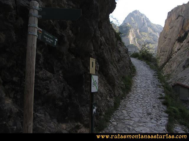 Ruta del Cares: Entrada a la ruta por Poncebos