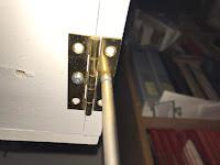 Installing the hinge to the door