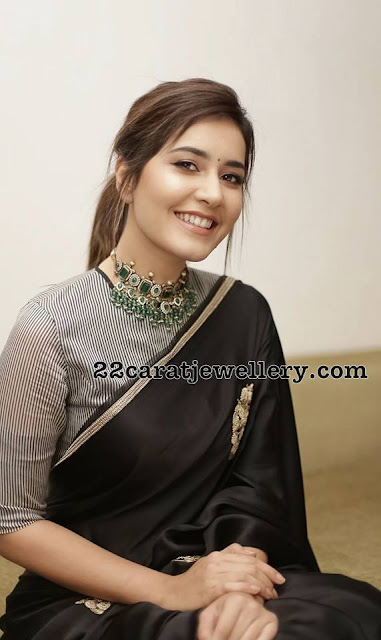 Raashi Khanna Victorian Style Choker