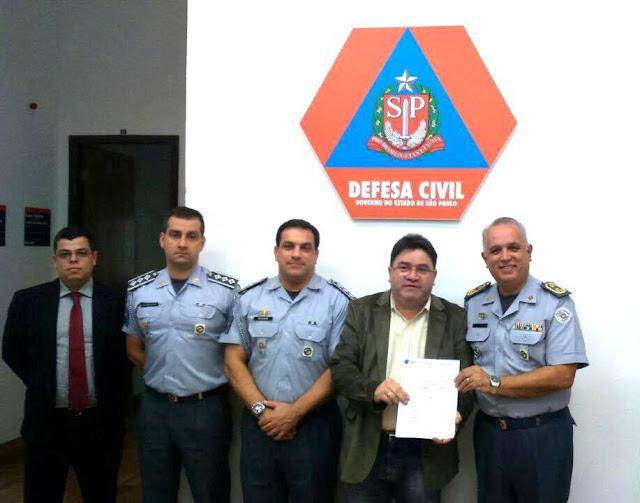 Prefeito protocola decreto junto à Defesa Civil do Estado