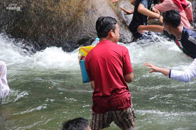 Ikut Buang Sampah Air Terjun Tengai' Wisata Kec Nanga Mahap Kab Sekadau - kaharsan