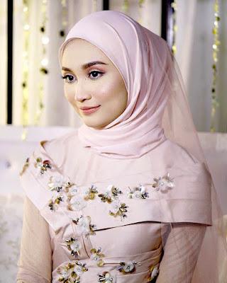 Ayda Jebat berpakaian pengantin untuk drama